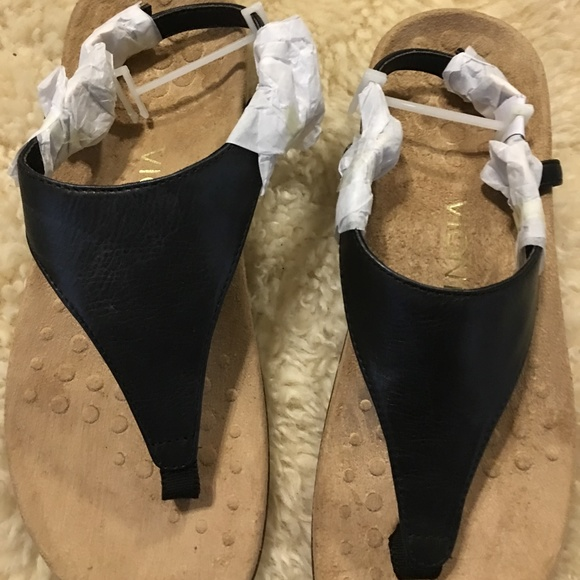 aae8fd08d6 Kirra Shoes - Vionic Kirra Backstrap sandal -- Size 7